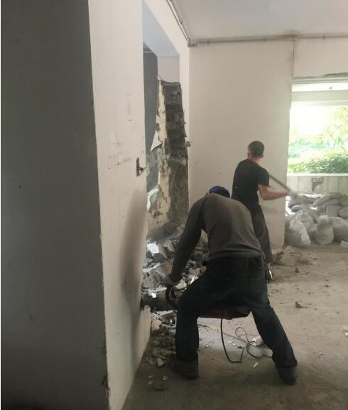 南京装修拆除价格多少钱一米?