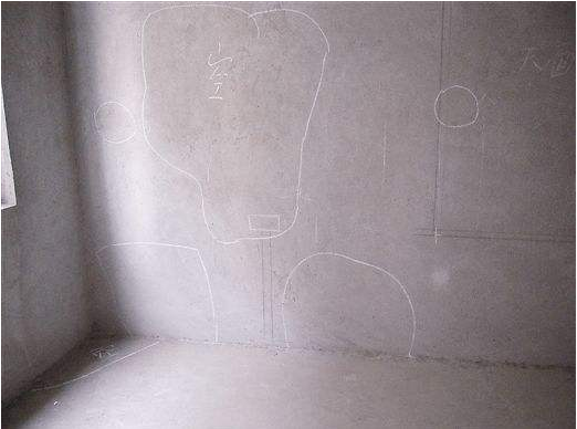 南京装修过大半,发现墙面大面积空鼓要怪谁?