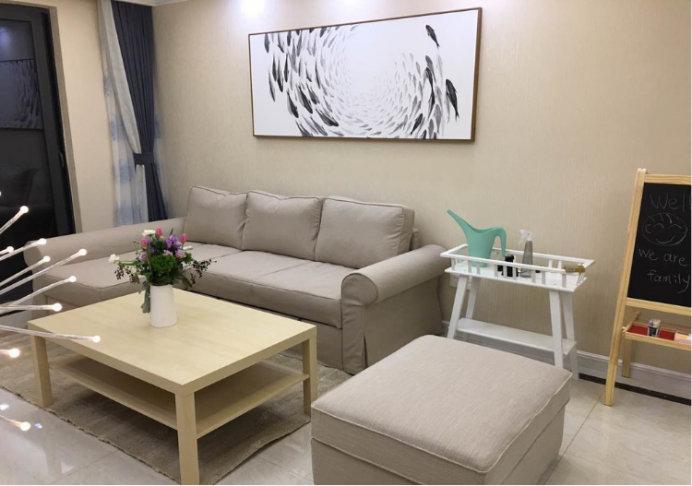 小户型想要更大的空间,那就要学会家具的选择和摆放!