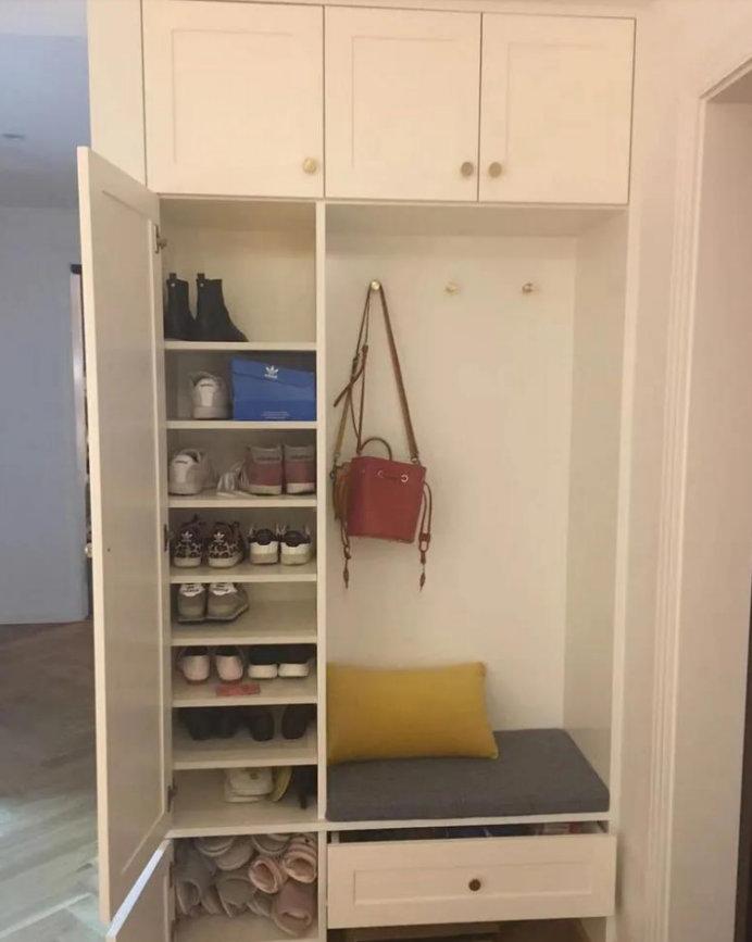 138平米四居室装修效果,充满小资情调的家,墙面才是亮点