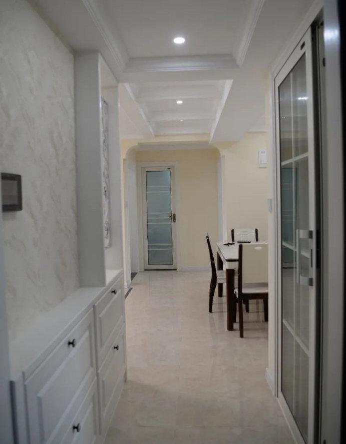 南京龙湖一号装修案例,三室两厅的效果,这样的木工活超实用