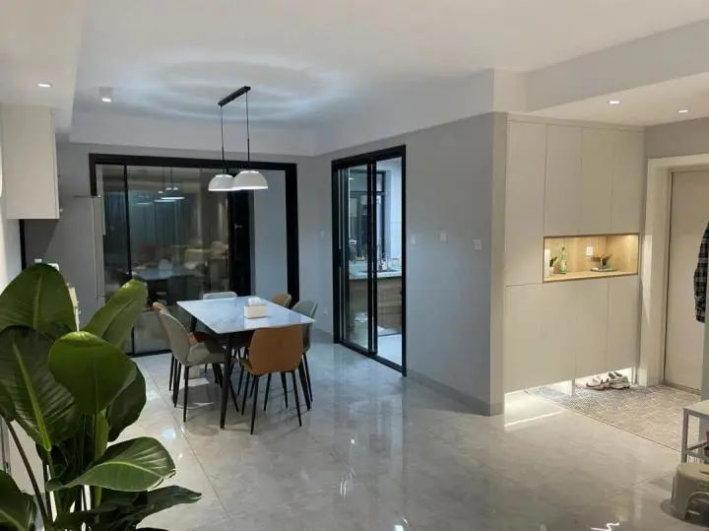 三室两厅的装修设计,120平满足需求的布局,业主做自家的设计师