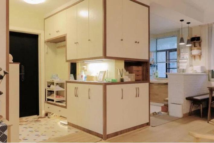 三居室的装修案例,120平的简约原木风,慵懒而惬意的舒适生活